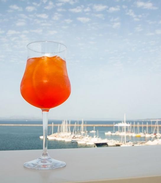 aperitivo-hotel-riviera-carloforte.jpg