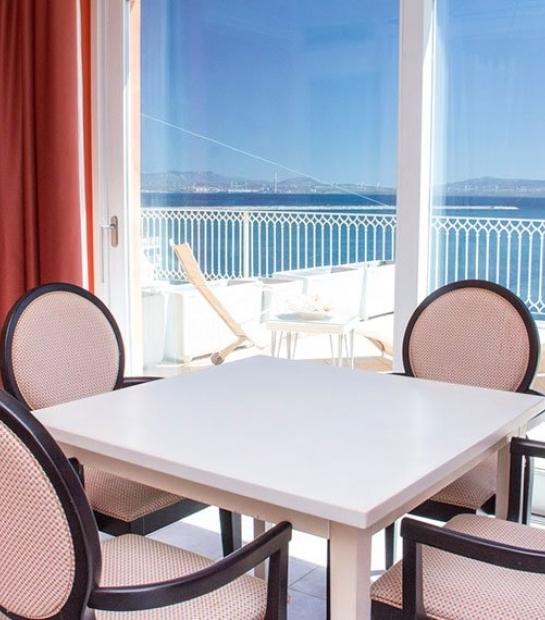 suite-hotel-riviera-corner.jpg