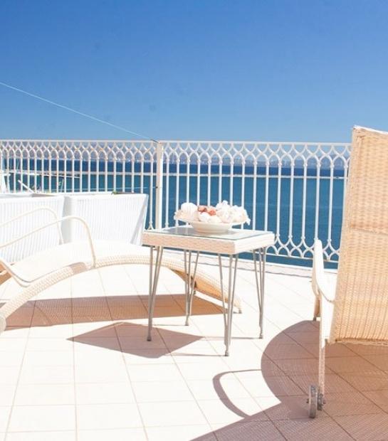suite-hotel-riviera-terrace.jpg